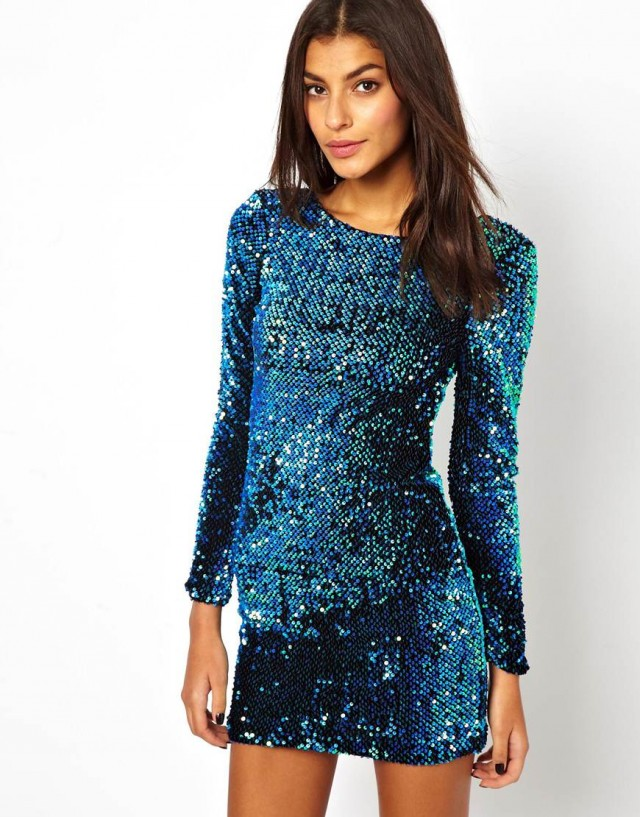 Dress with sequins. Source: luxmag.cz