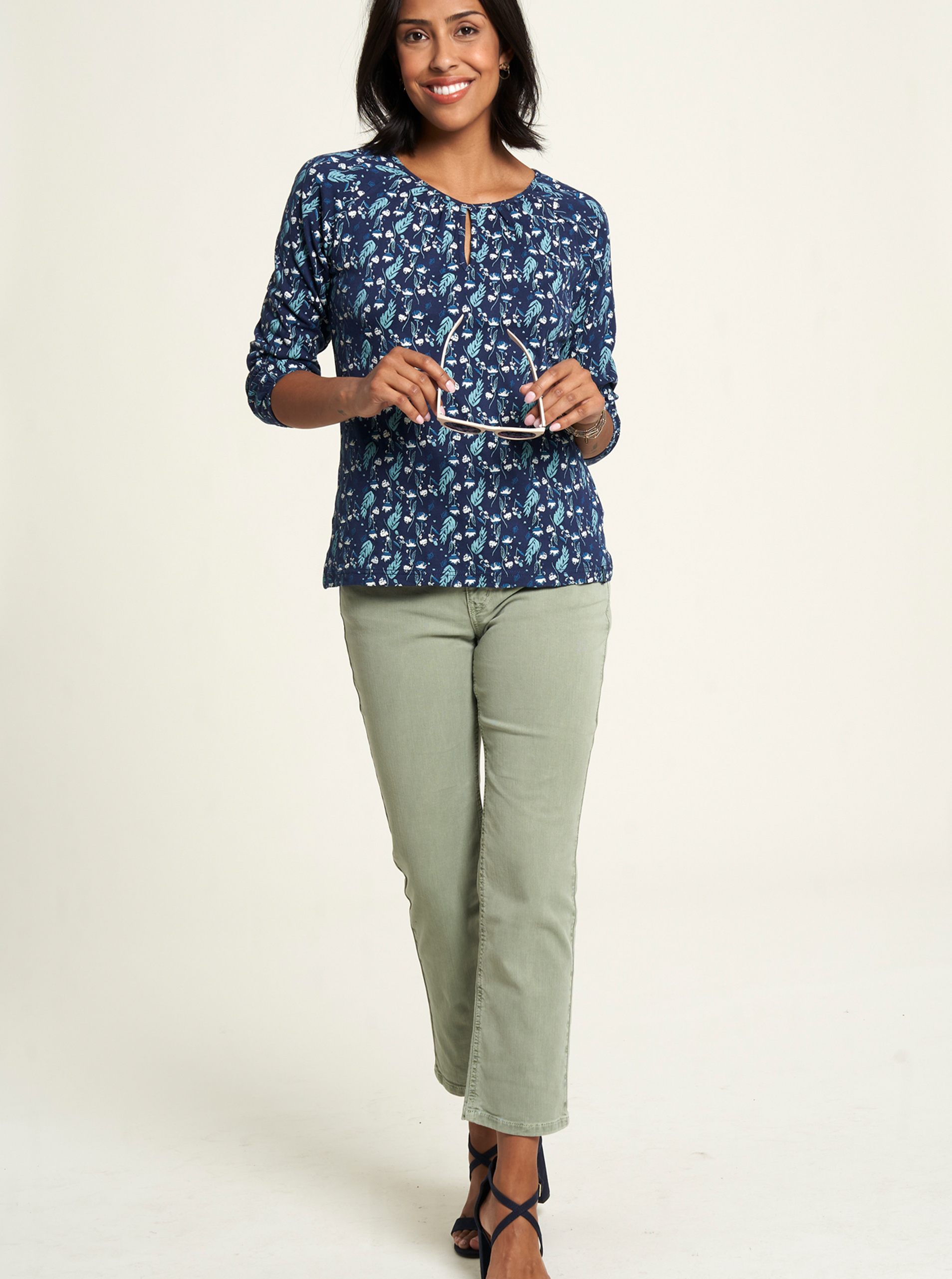 Tranquillo blue T-shirt with floral motif