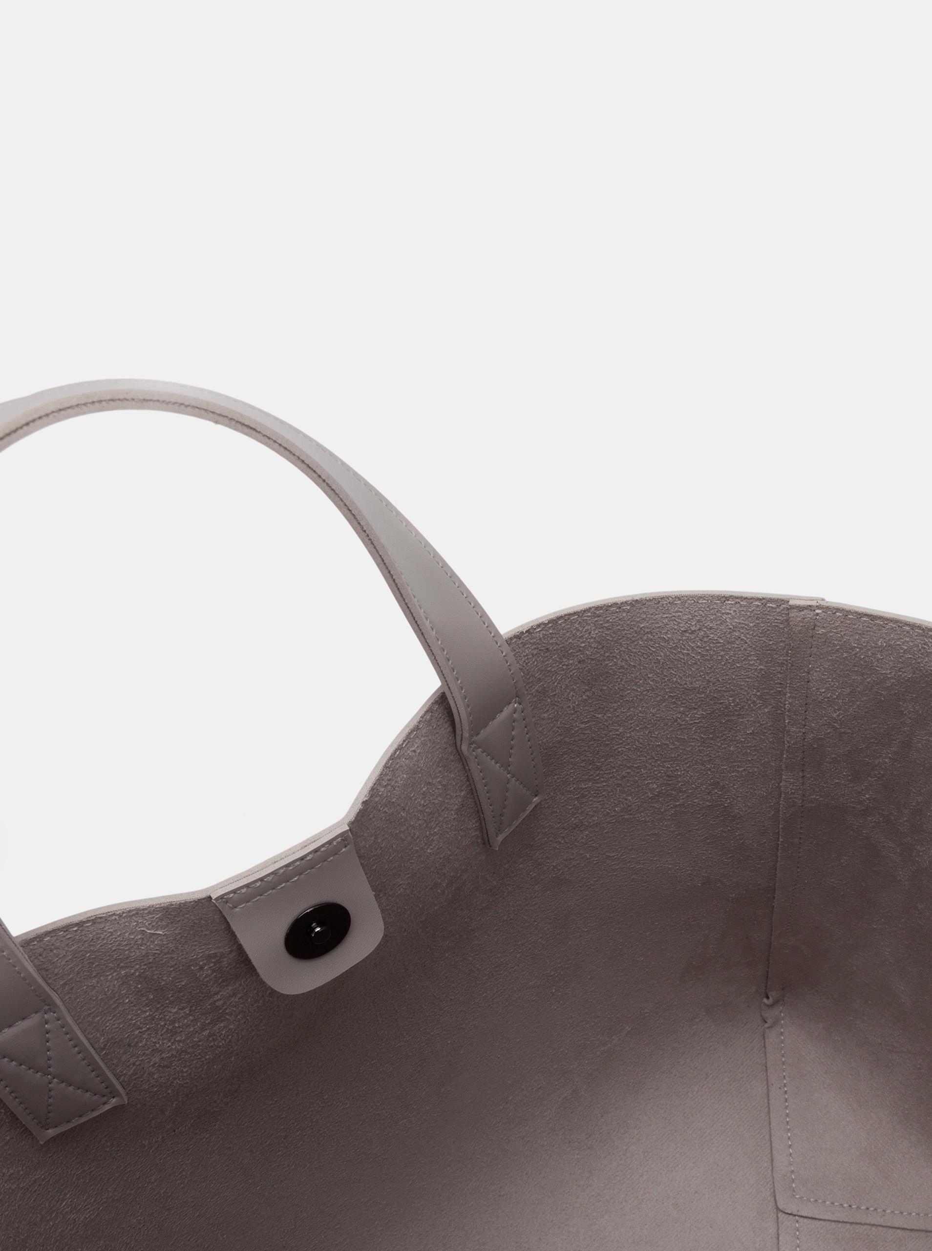 Claudia Canova grey handbag