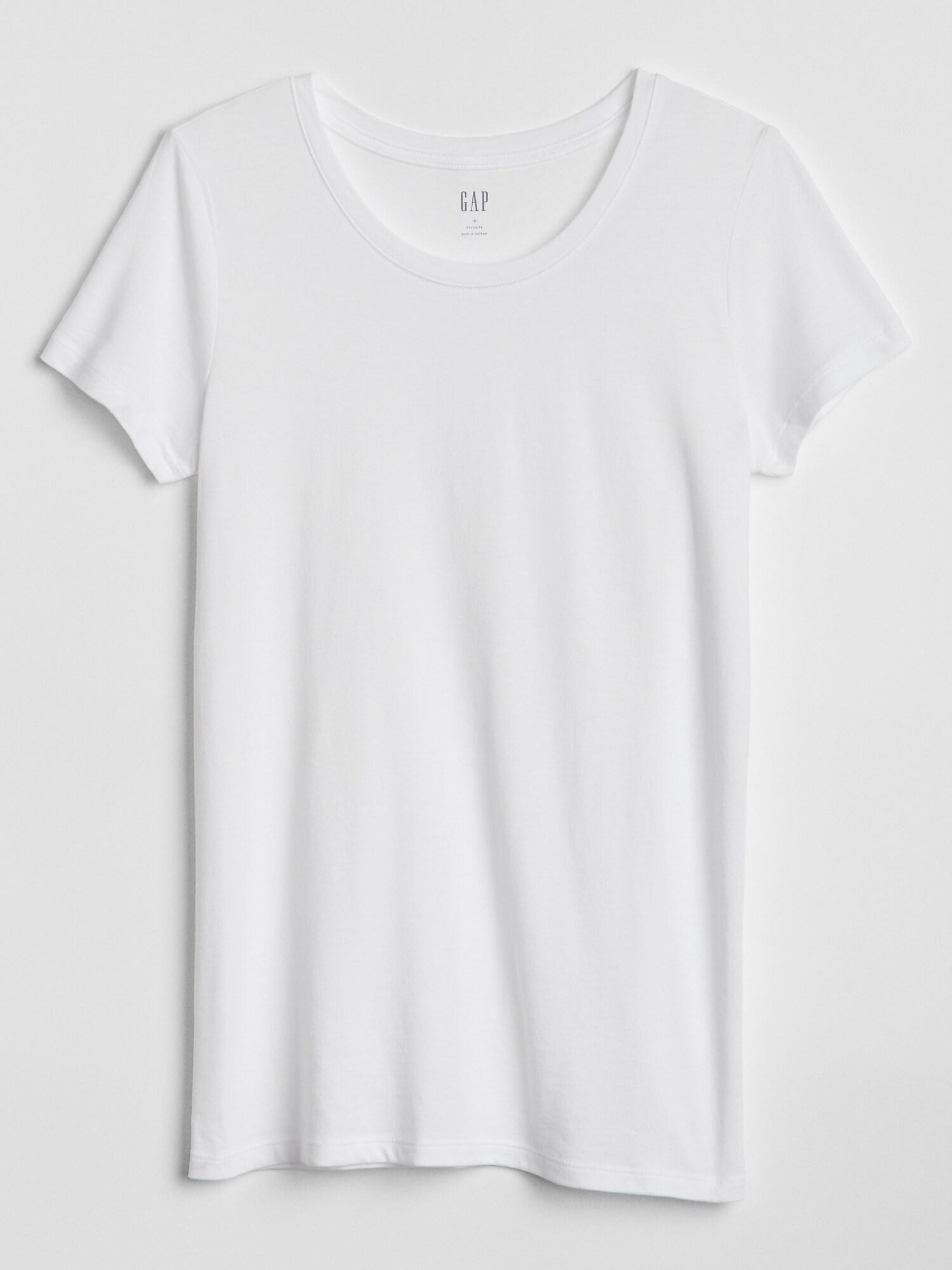 GAP white T-shirt