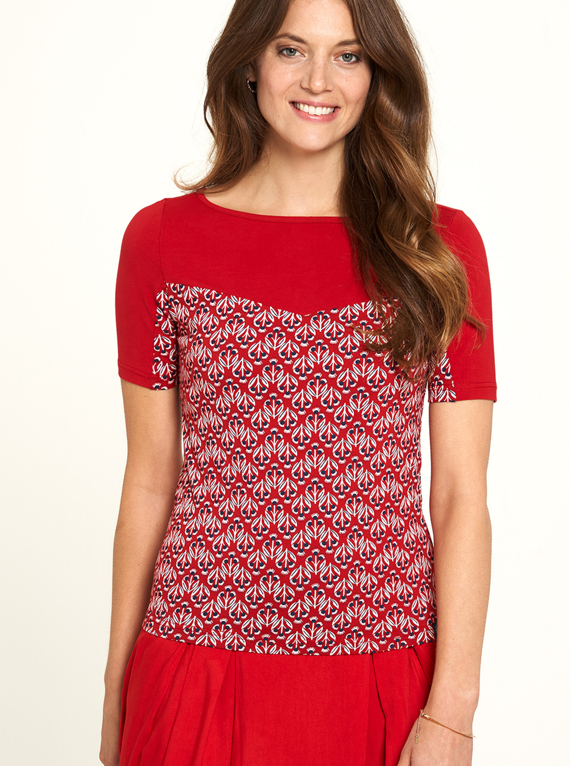 Tranquillo red T-shirt with pattern