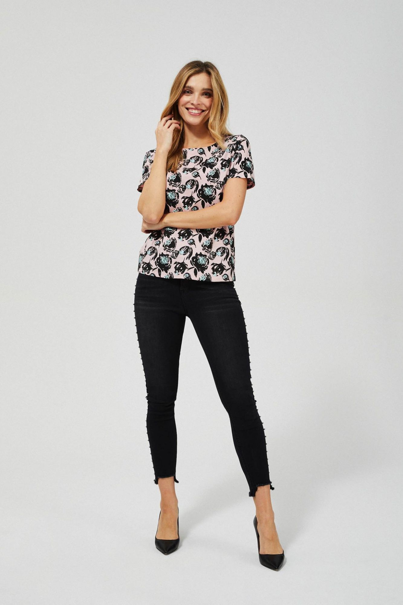 Moodo pink T-shirt with floral motif