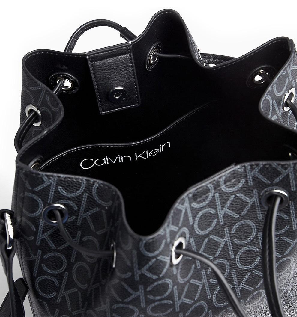 Calvin Klein Women's bag black  Drawstring