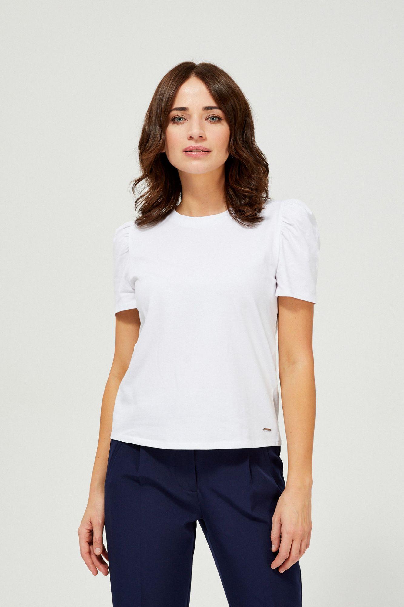 Moodo white T-shirt