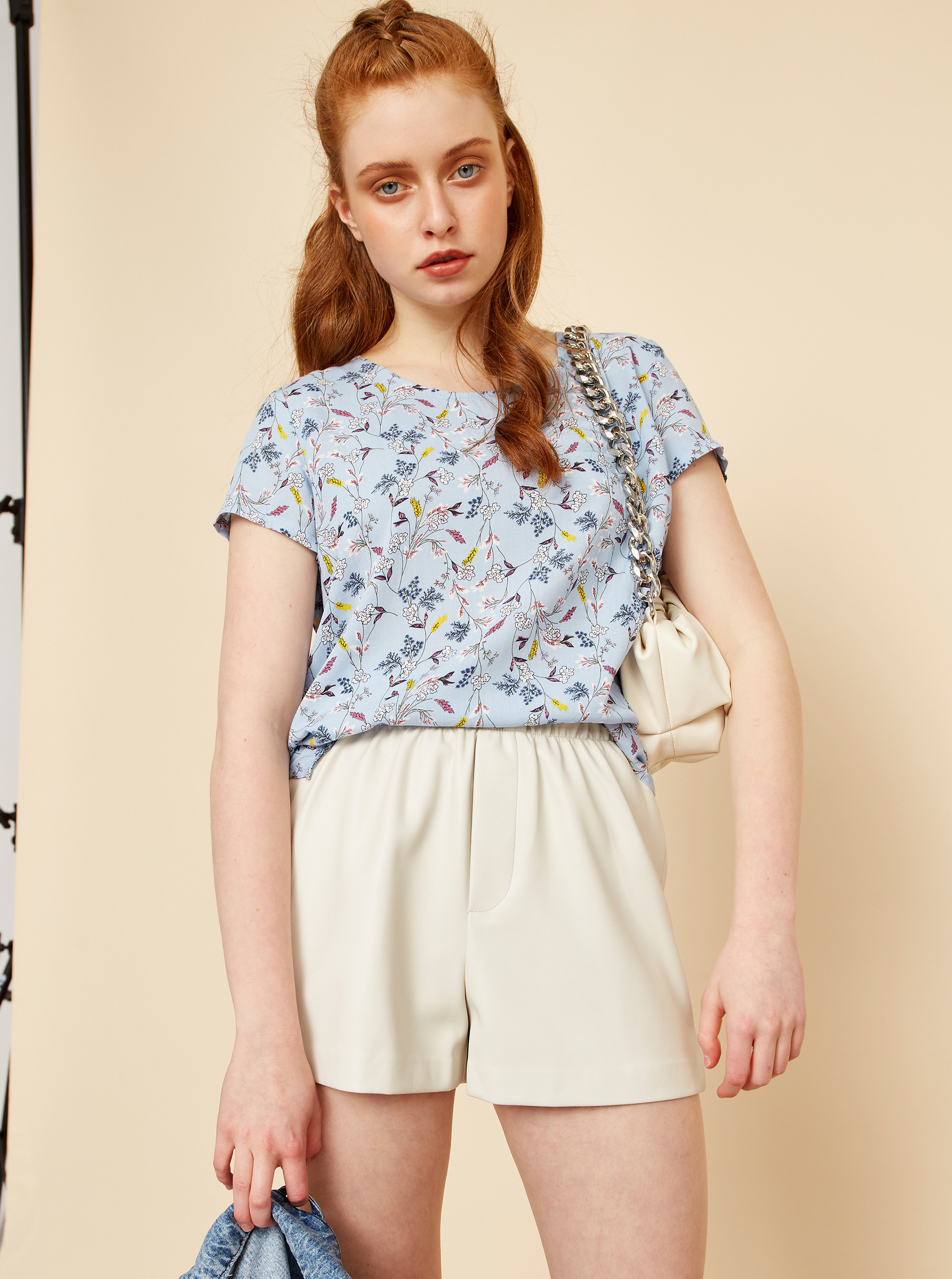ZOOT blue blouse Berenika with floral motif