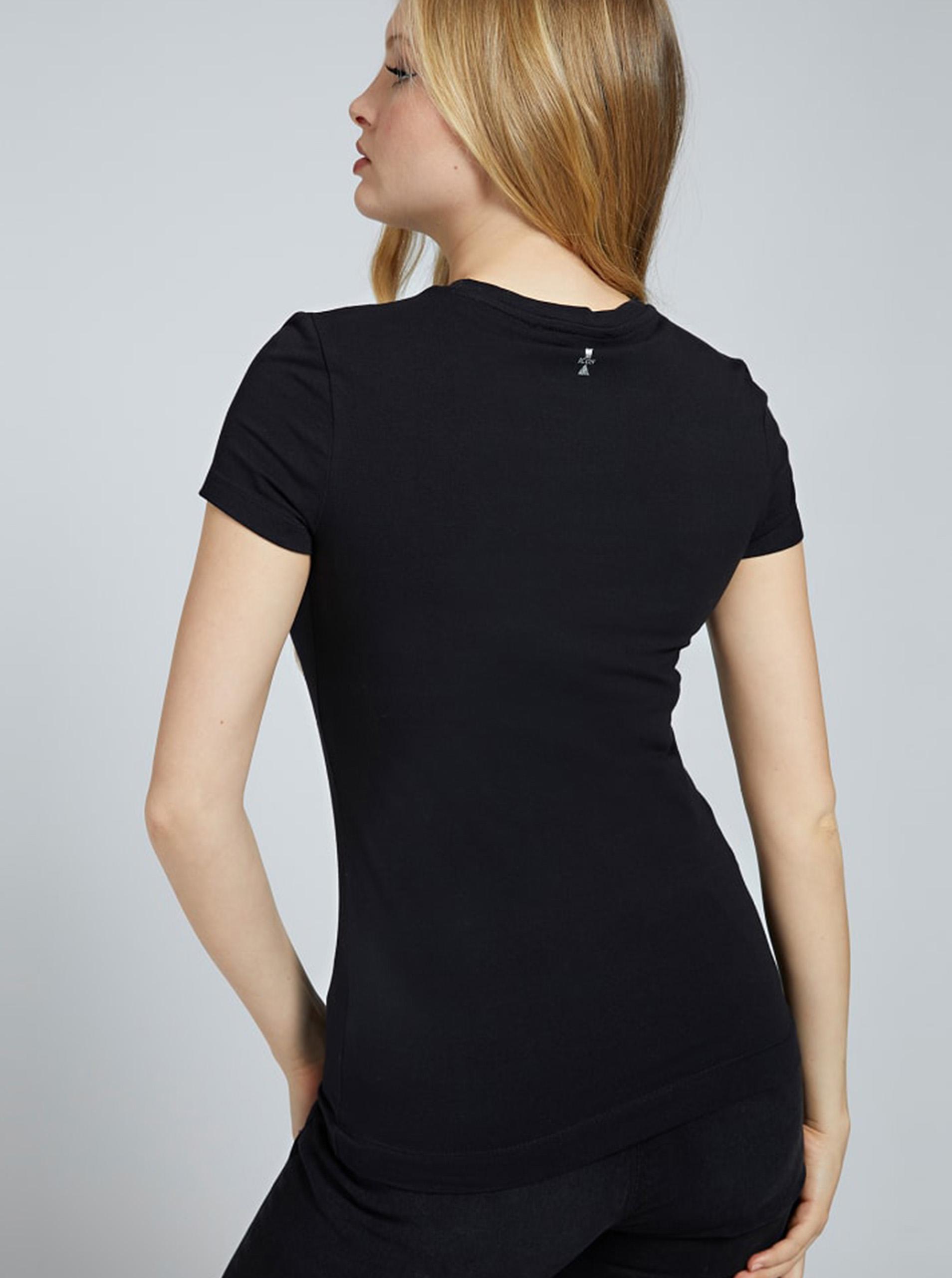 Guess black T-shirt Selina