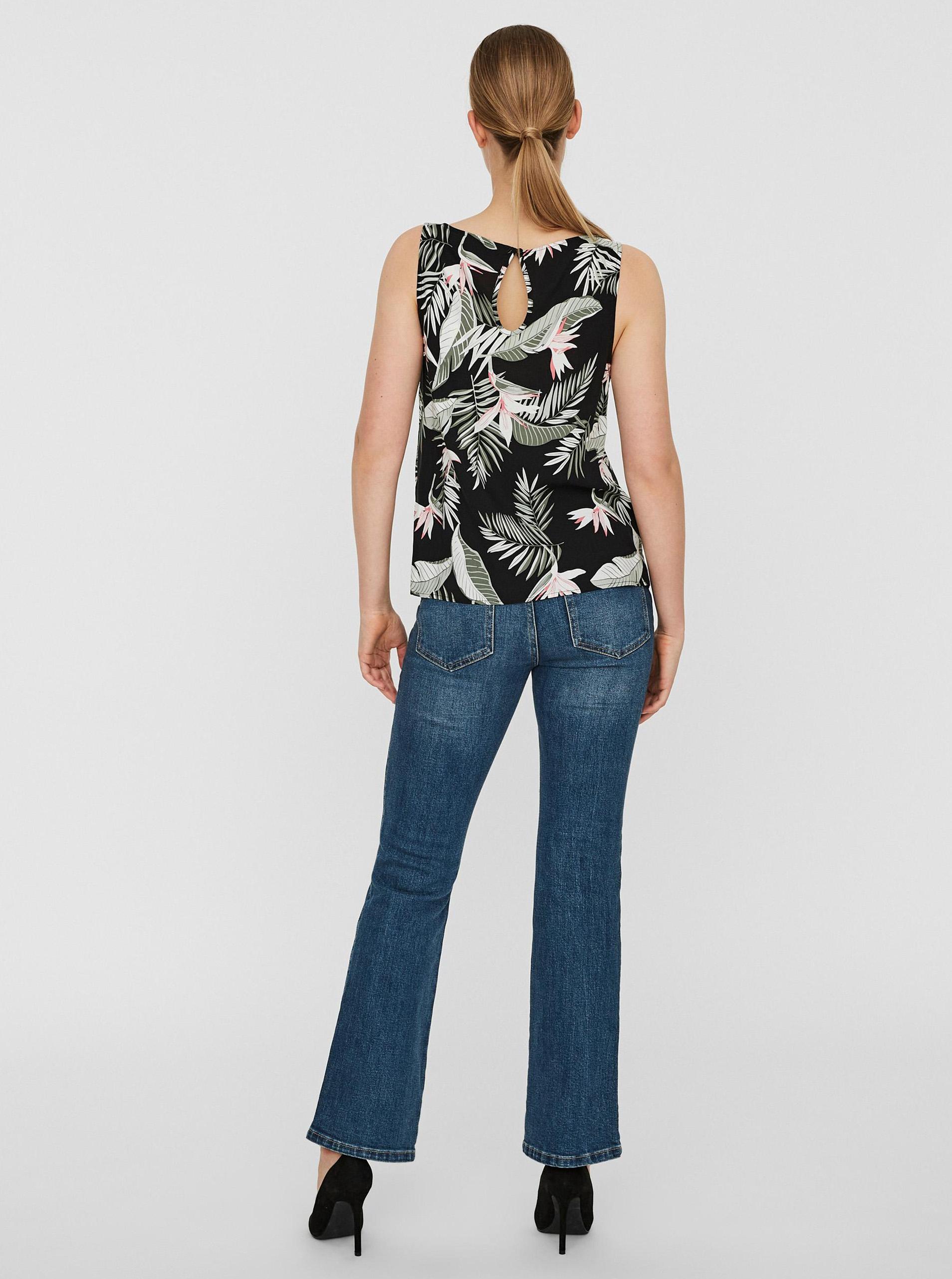 Vero Moda black top Easy with floral motif