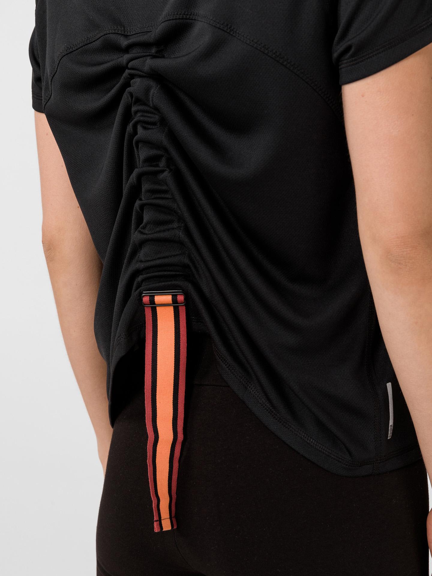 Puma black women´s T-shirt The First Mile
