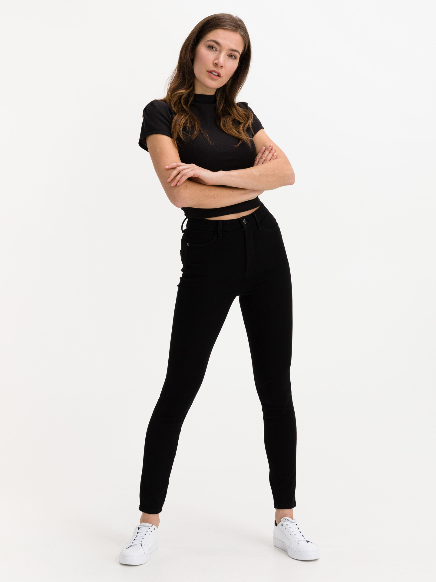 Guess black women´s crop top Holly