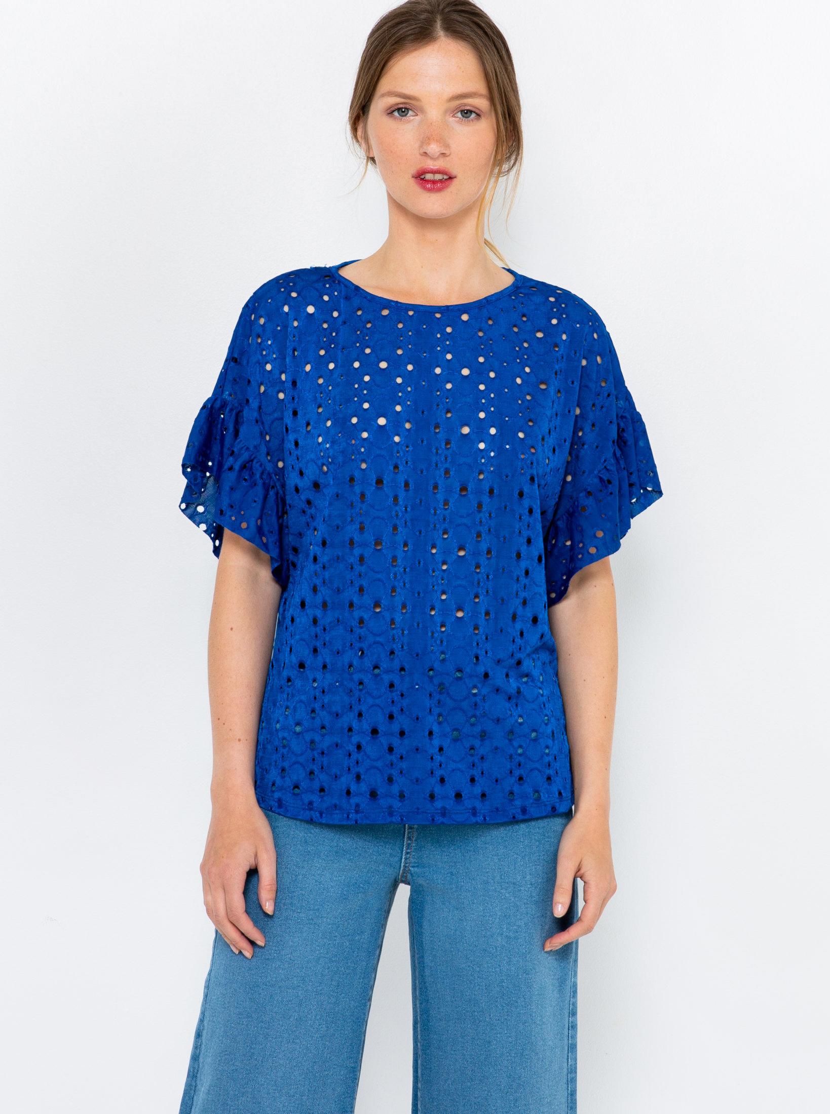 CAMAIEU blue blouse with wood