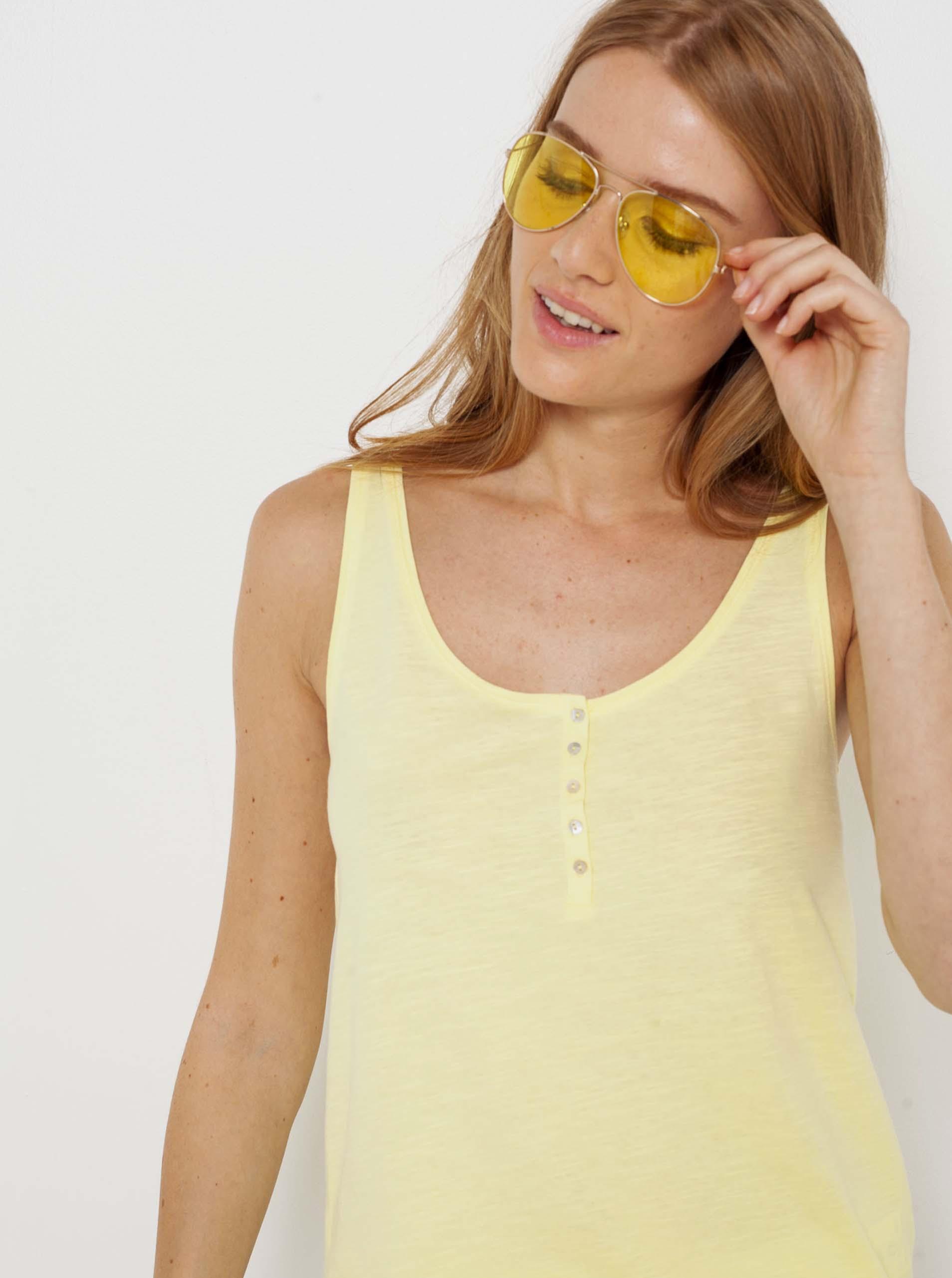 CAMAIEU yellow top
