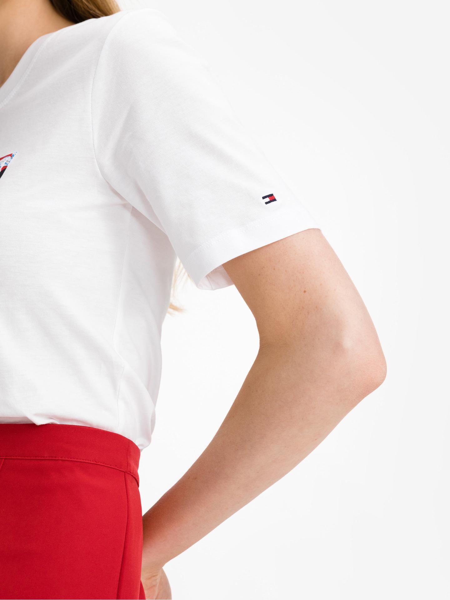 Tommy Hilfiger white women´s T-shirt Box Logo
