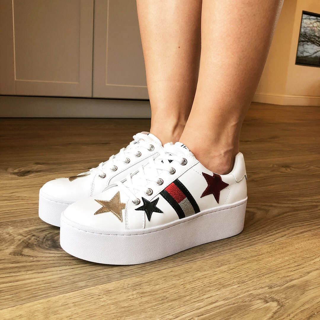 Tommy Hilfiger white sneakers Tommy
