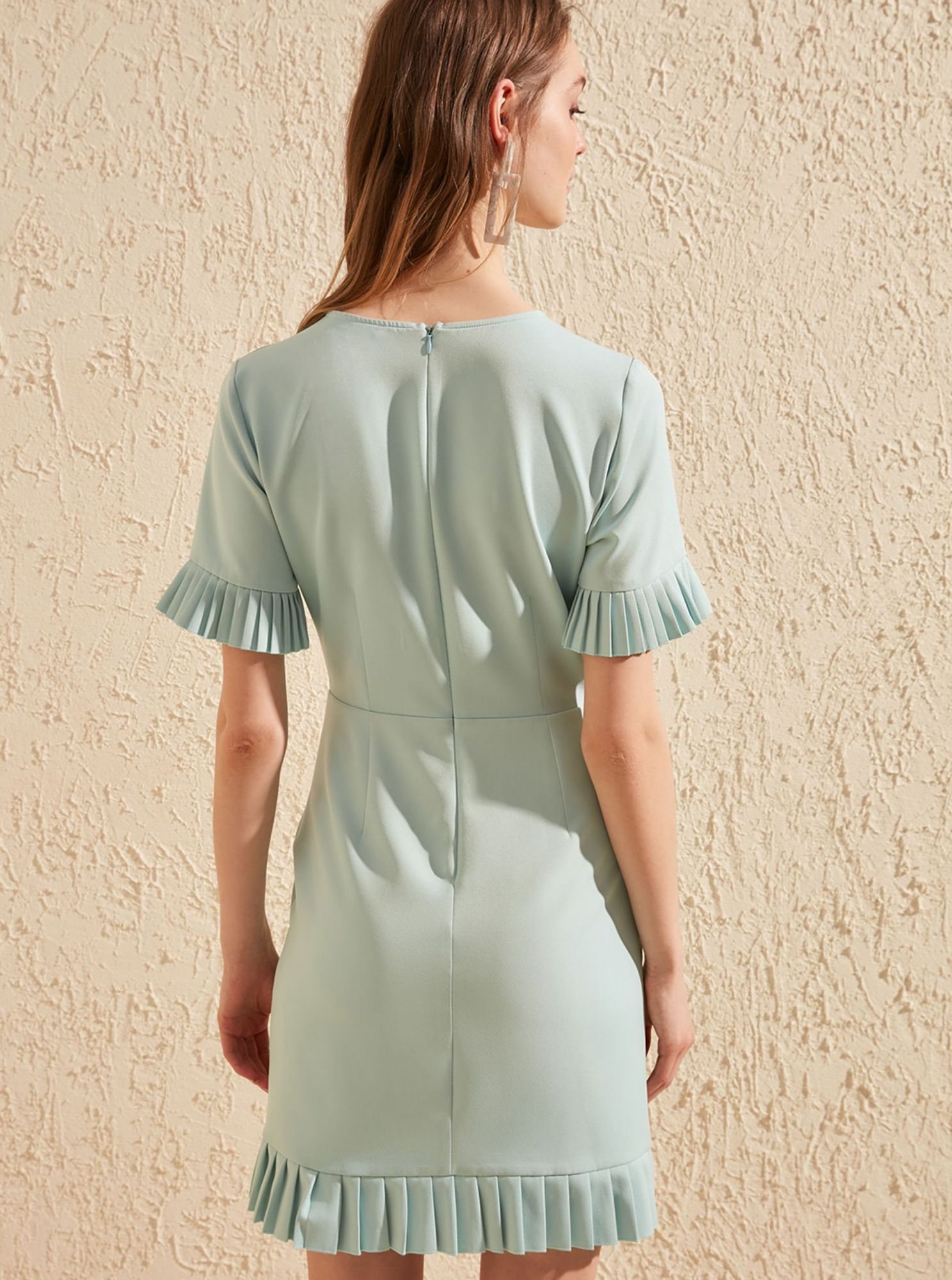Trendyol green summer dress with ruffled sleeves