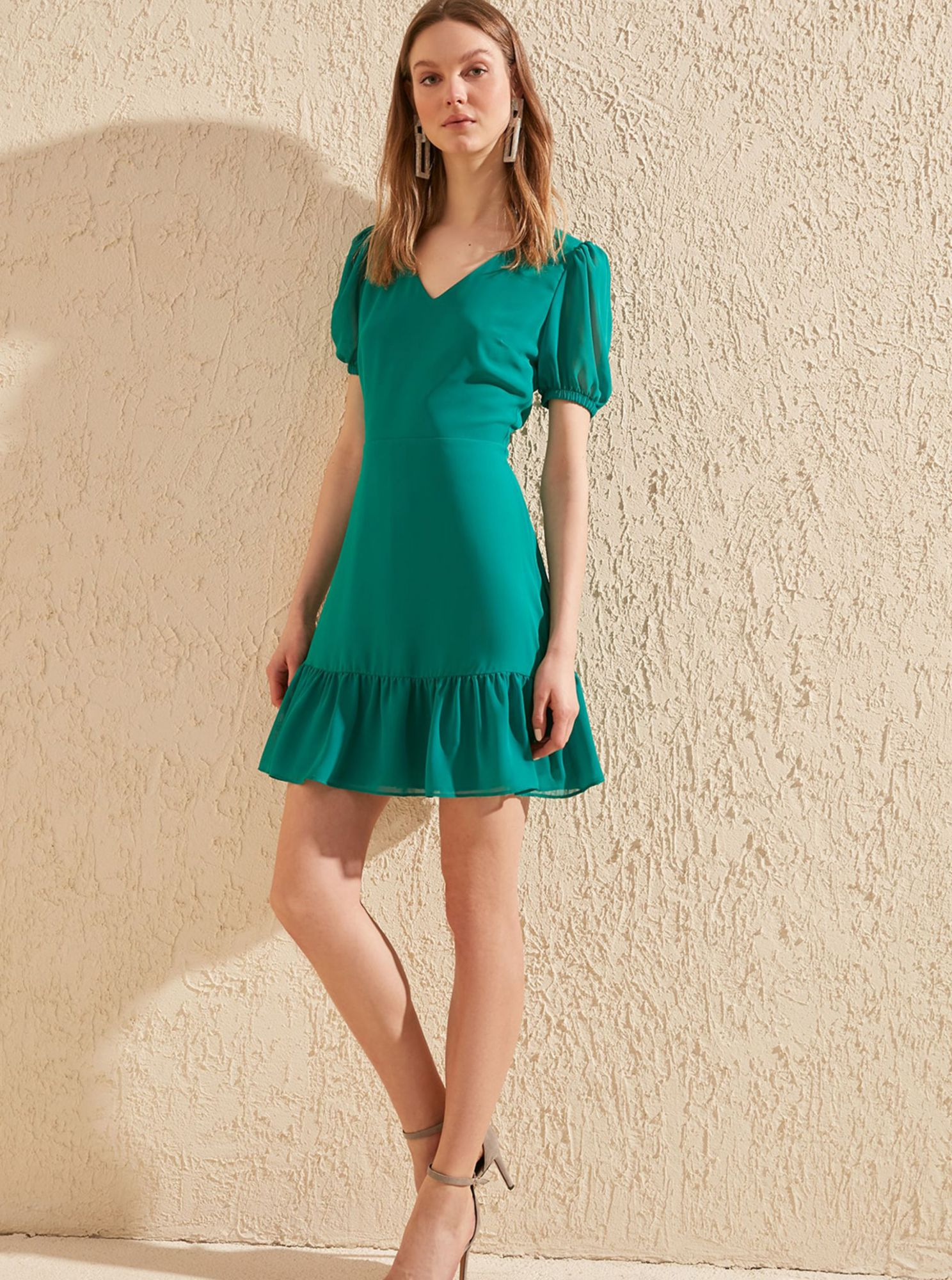 Trendyol green summer dress