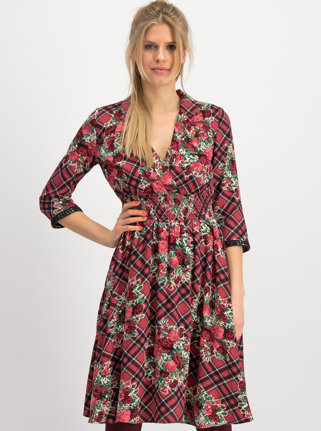 Red plaid dress Blutsgeschwister Crowned Heart
