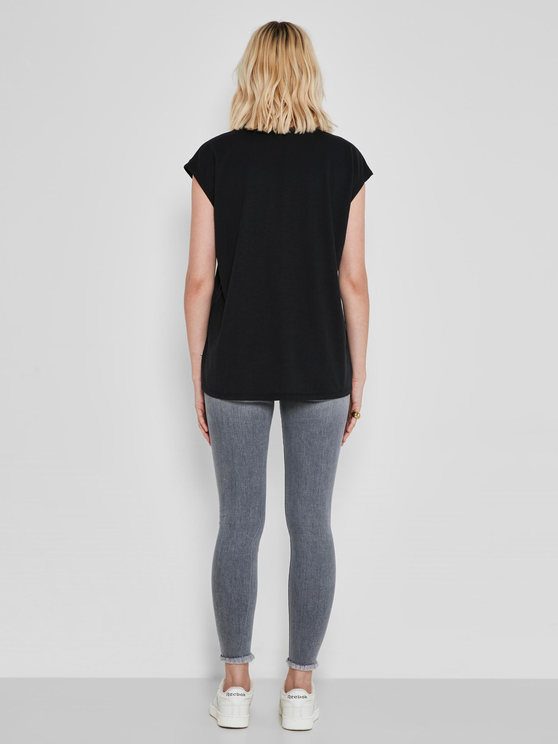 Black basic t-shirt Noisy May Mathilde