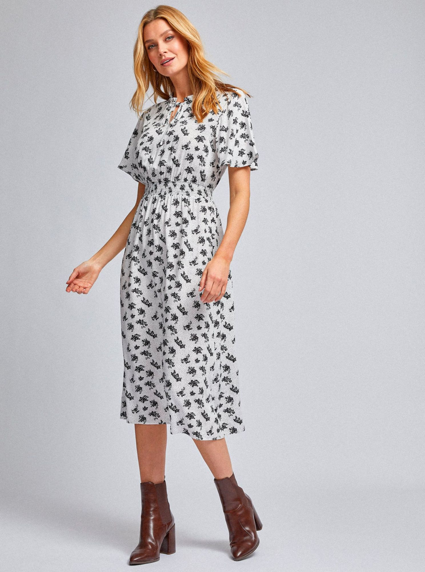 White patterned midi dress by Dorothy Perkins