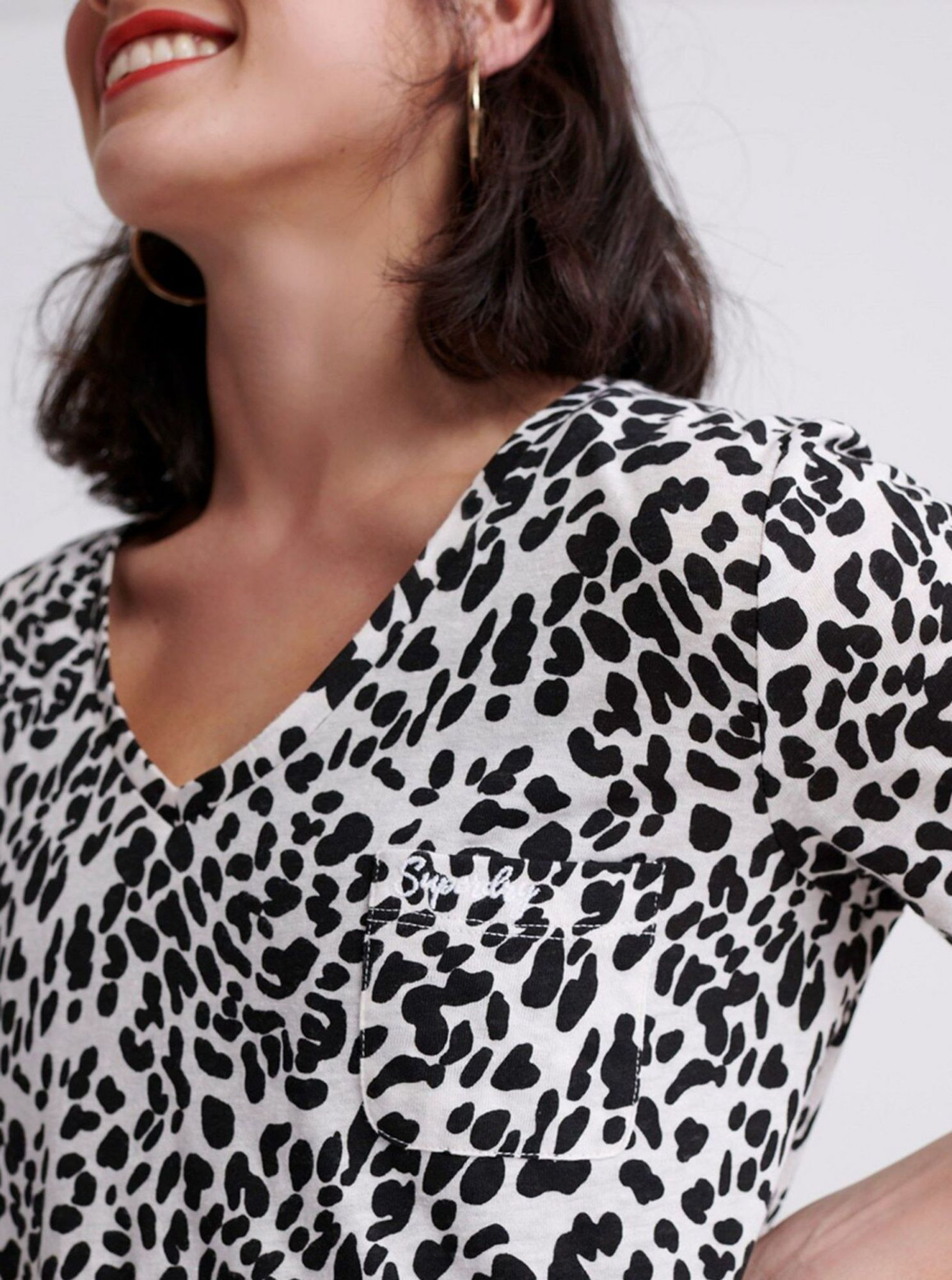 Black and white women's patterned Superdry T-shirt