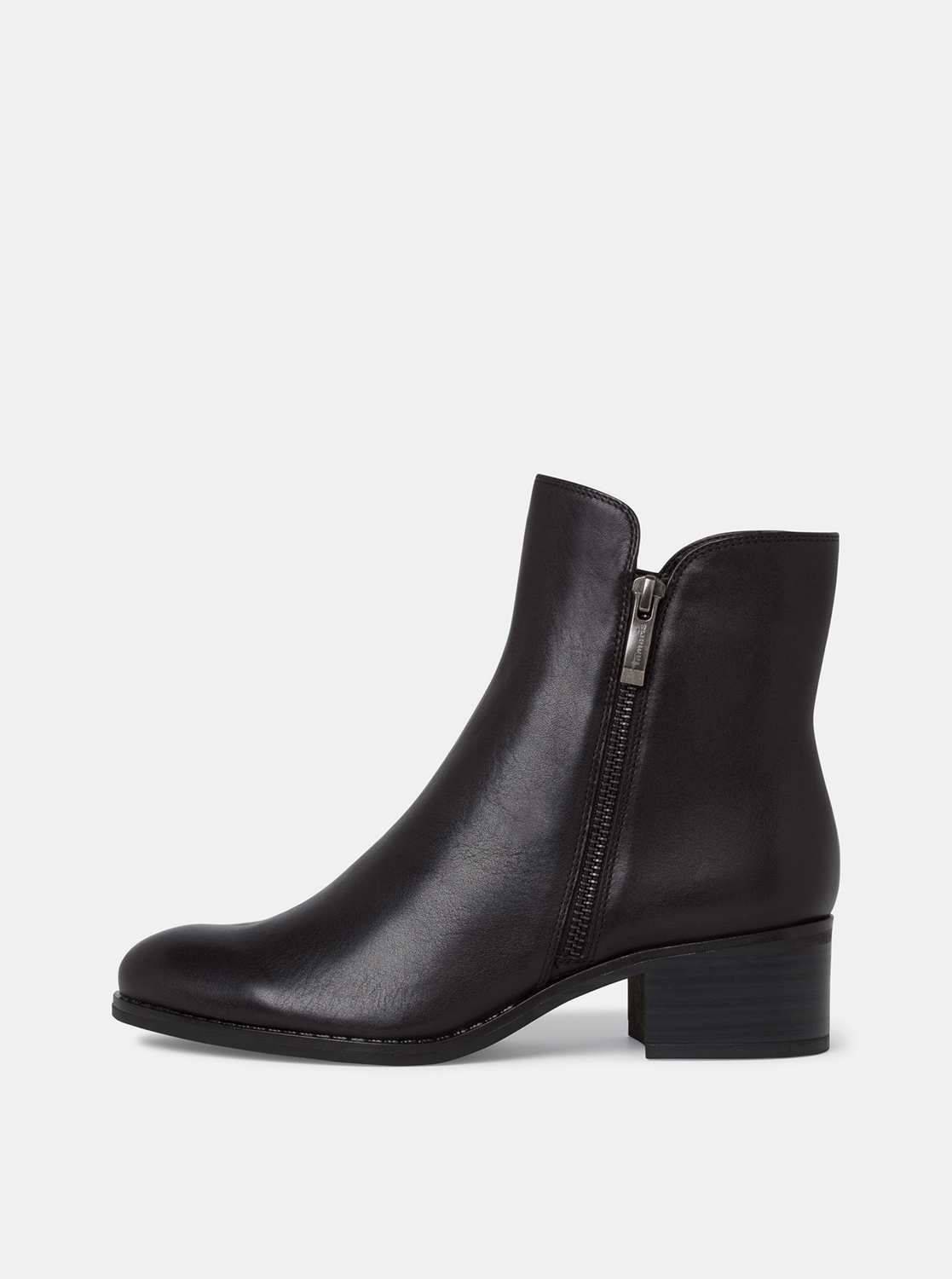 Black leather ankle boots Tamaris