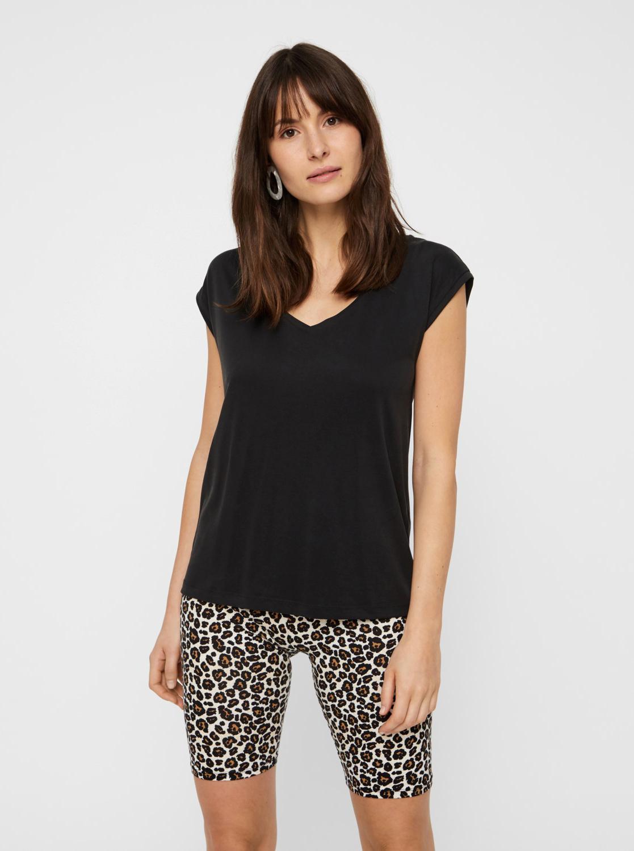 Black basic t-shirt Pieces Kamala