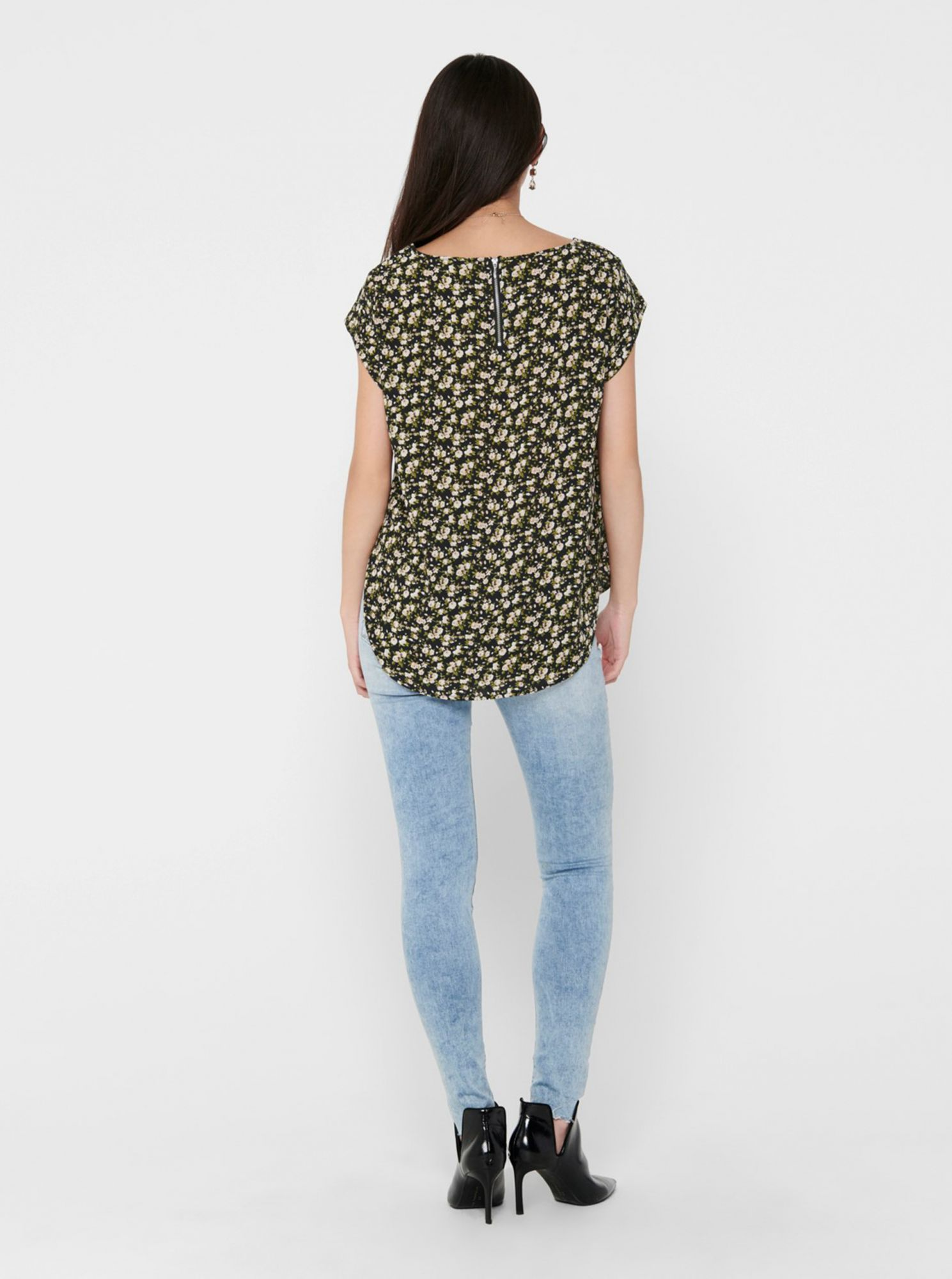 Green-black flowered blouse ONLY