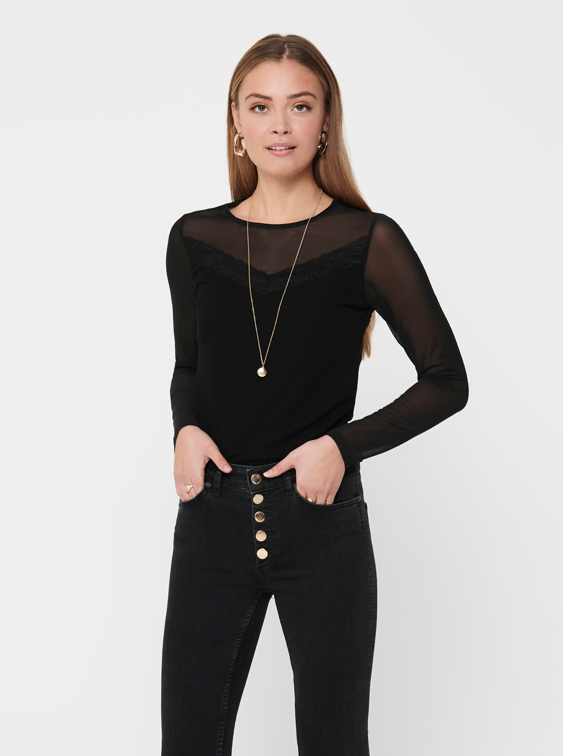Black blouse ONLY Quinne