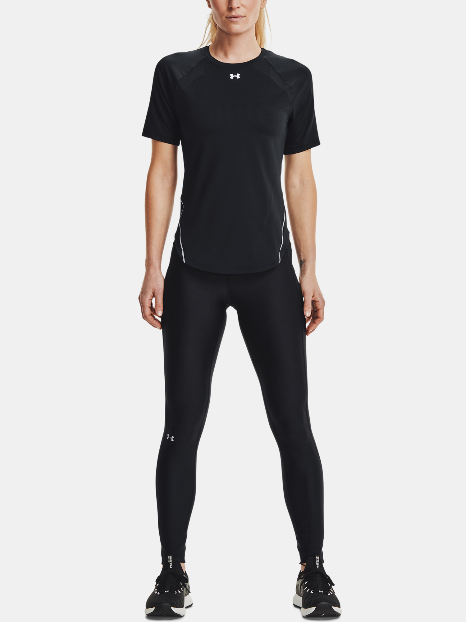 Under Armour women´s T-shirt Coolswitch SS-BLK