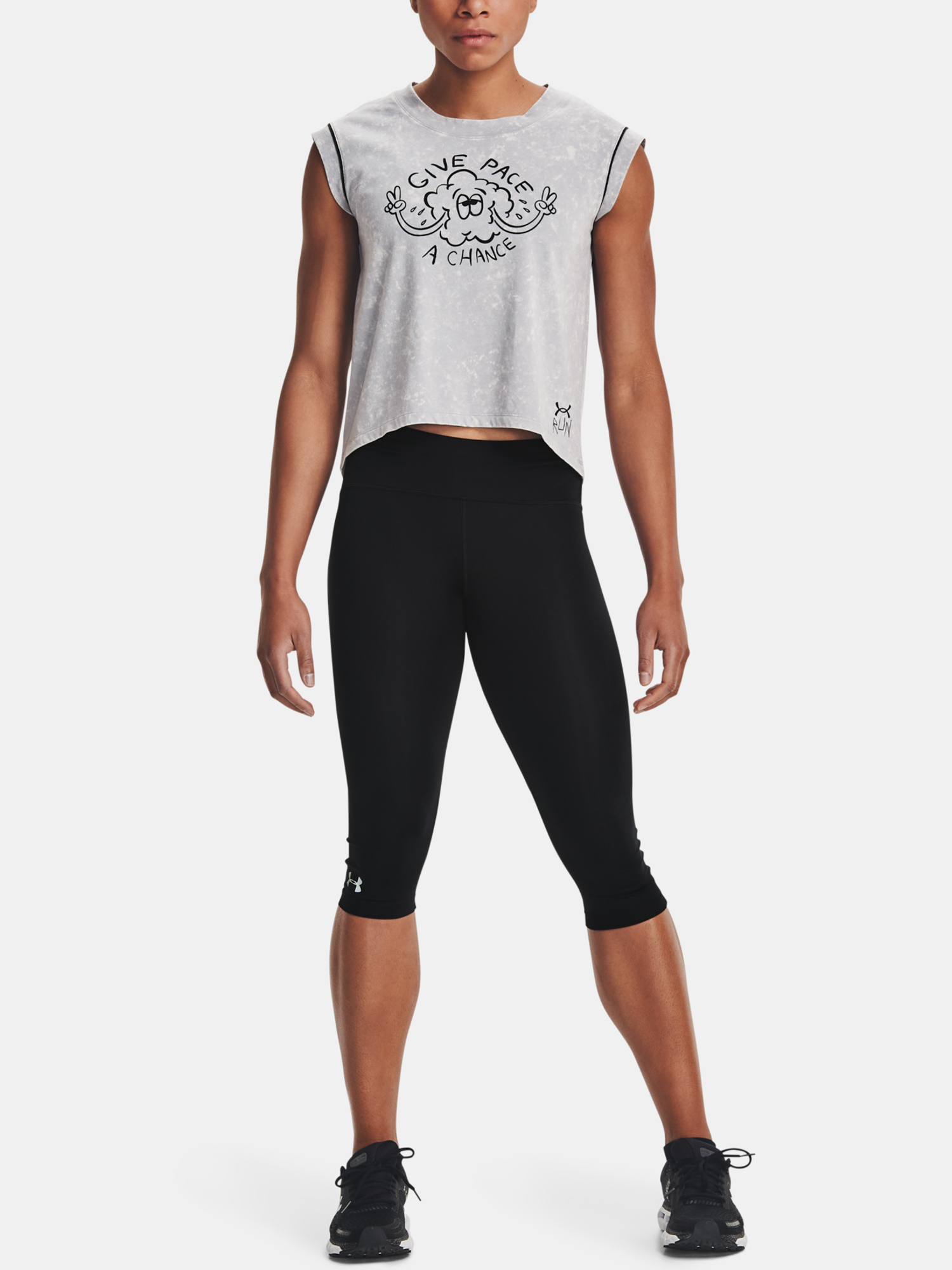 Under Armour women´s T-shirt UA Give Pace A Chance SS-GRY