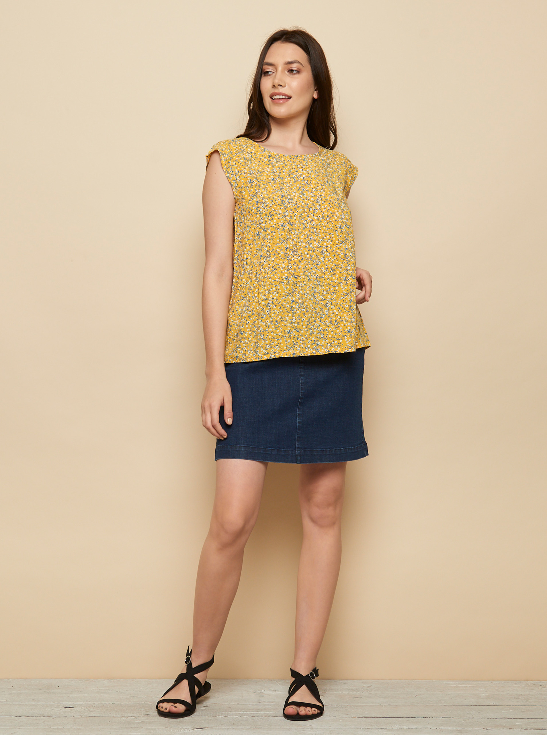 Tranquillo yellow blouse Almaz with floral motif