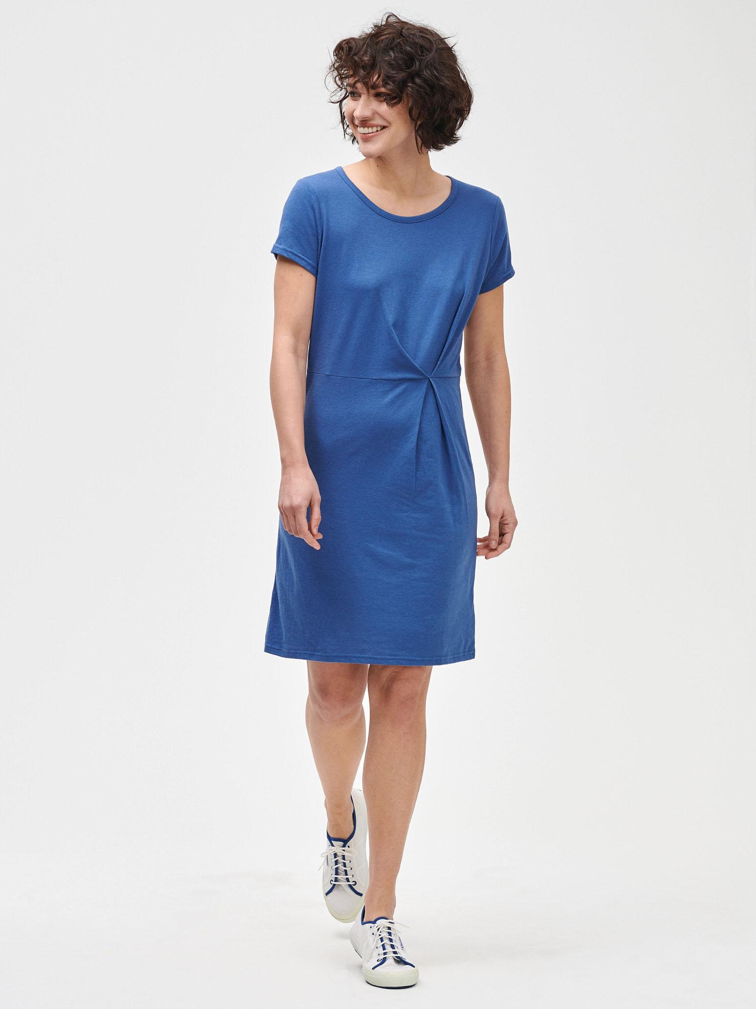 GAP blue basic dress