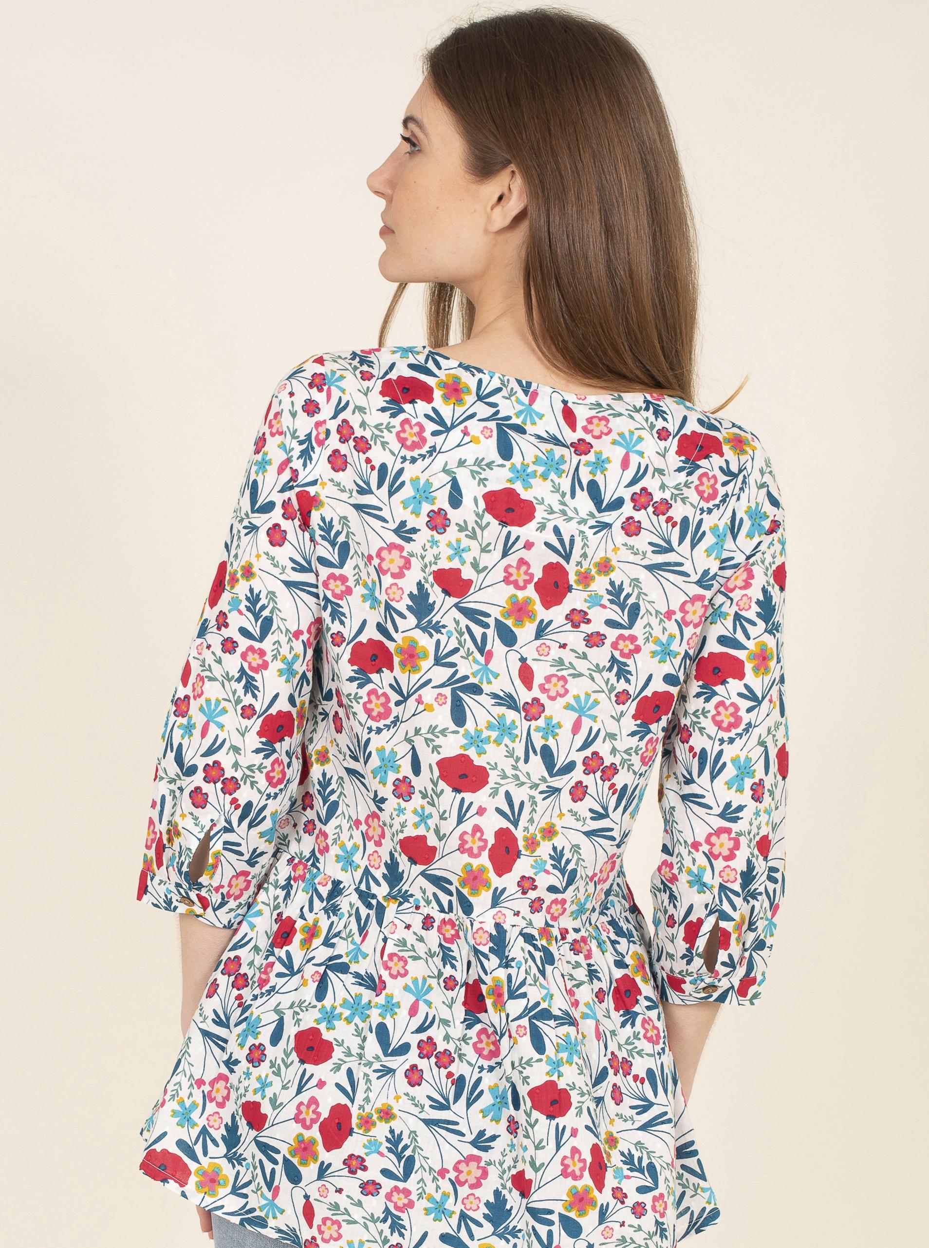 Brakeburn white blouse with floral motif